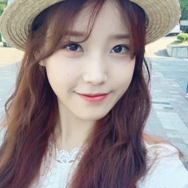 """Nữ sinh 21 tuổi được mệnh danh """"IU phiên bản Trung"""" khiến cả con trai lẫn con gái xin gia nhập fanclub - Ảnh 5."""
