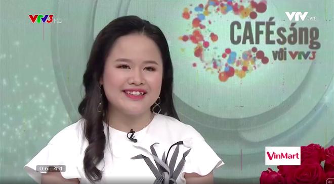 Lần đầu tiên MC của chương trình Cafe sáng với VTV3 là một cô bạn khiếm thị - Ảnh 6.