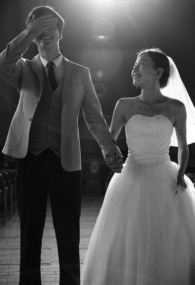 Ảnh cưới cười thả ga đơn giản nhận được nhiều lời khen