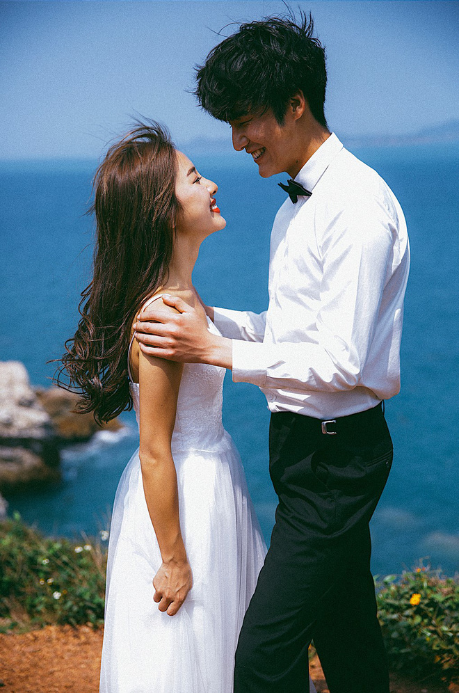 """Không cần phải deep đâu, ảnh cưới cứ cười """"thả ga"""" thế này trông mới dễ thương! - Ảnh 9."""
