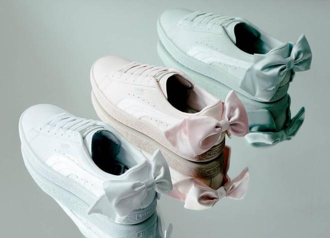 """Mẫu sneaker đính nơ siêu xinh với màu ngọt hơn kẹo này nên được các nàng cho ngay vào """"wish list"""" mùa hè - Ảnh 3."""