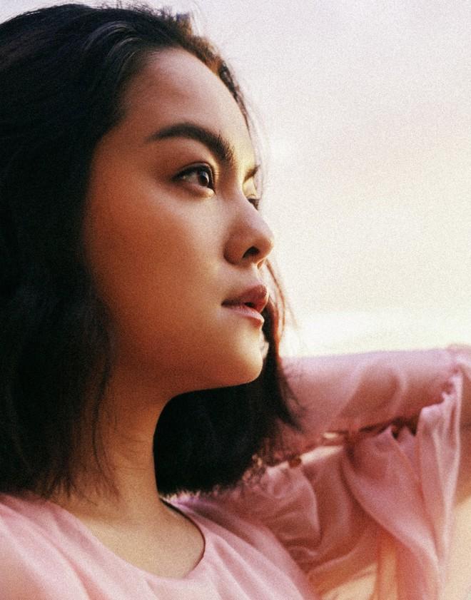 Phạm Quỳnh Anh đẹp mơ màng trong teaser MV ballad mới nhất - Ảnh 3.