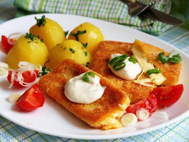 Thèm thuồng với list món ăn hấp dẫn nhất định phải thử khi đến Prague - Ảnh 6.