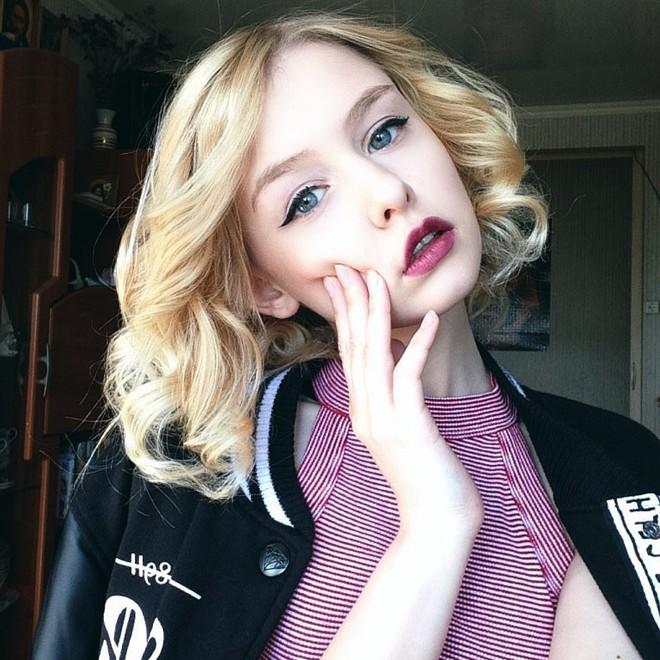Hot girl Nga 20 tuổi đẹp như thiên thần, vừa cất giọng hát ai cũng nức nở: Người đâu hoàn hảo thế! - Ảnh 10.