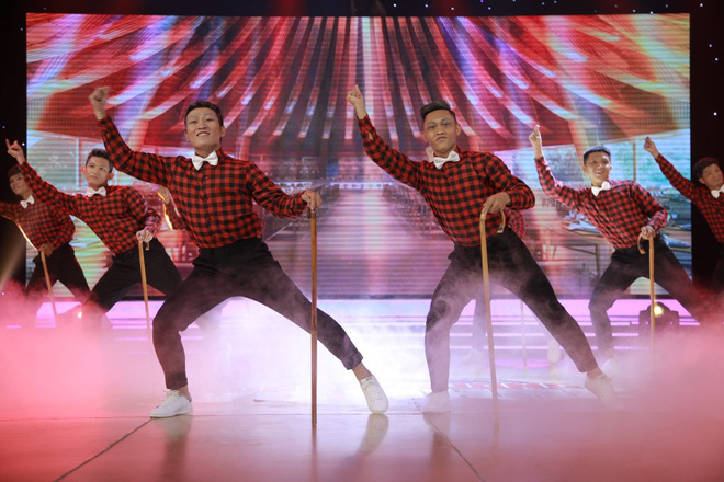 Đánh võ trên nền hit Lạc trôi (Sơn Tùng M-TP), nhóm thí sinh giành luôn vị trí đầu bảng - Ảnh 7.