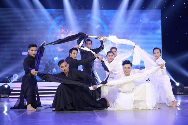 Đánh võ trên nền hit Lạc trôi (Sơn Tùng M-TP), nhóm thí sinh giành luôn vị trí đầu bảng - Ảnh 3.