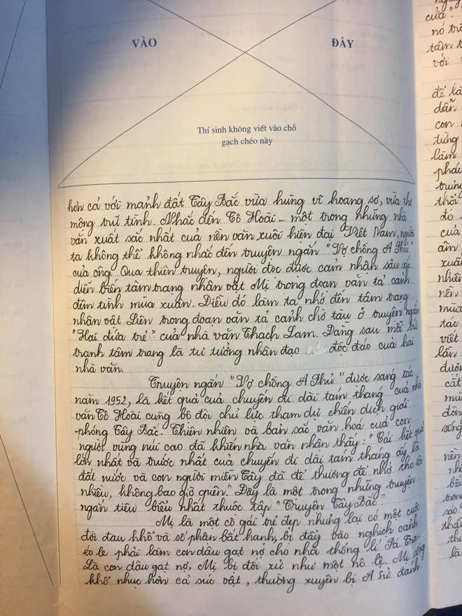 Trai đẹp có điểm thi THPT môn Văn 9.75: Viết kín 8 mặt giấy