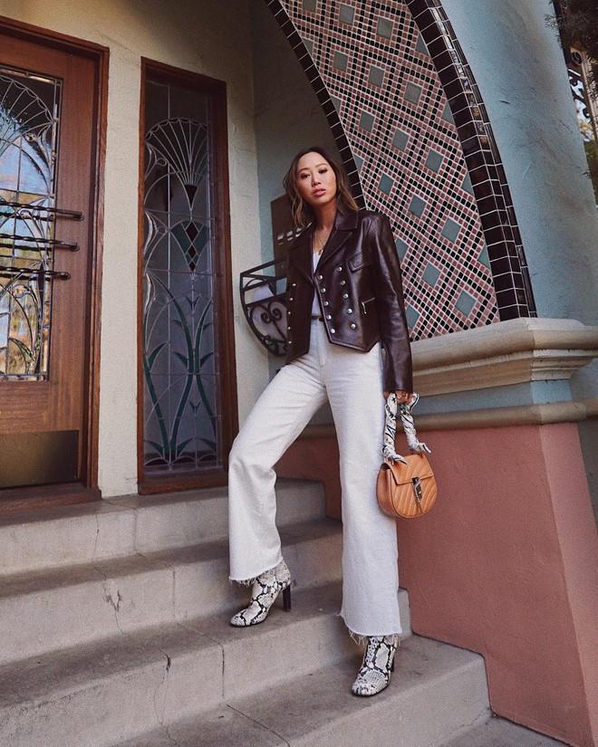 Jeans nào Giày nấy: 4 cách kết hợp siêu đẹp từ các fashion blogger bạn nên học tập ngay - Ảnh 3.