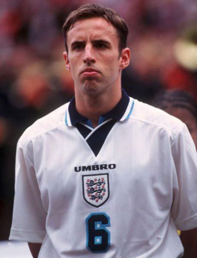"""Điều gì đã biến Gareth Southgate từ """"tội đồ"""" sút hỏng penalty đến nhà cầm quân mê mẩn người Anh? Tâm lí học giải thích - Ảnh 3."""