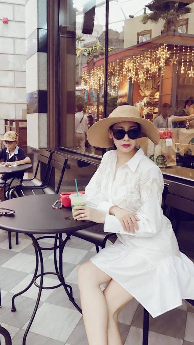 """Sao Việt là con nhà """"trâm anh thế phiệt"""": Sống sang chảnh trong biệt thự dát vàng trị giá triệu đô, đi du lịch khắp nơi trên thế giới - Ảnh 4."""