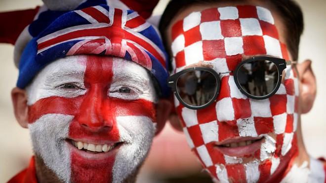đầu tư giá trị - q5g5ti51amdmbkkxrs9m 1531330834868171378452 - CĐV Croatia mừng phát điên khi đội nhà lần đầu tiên vào chung kết World Cup