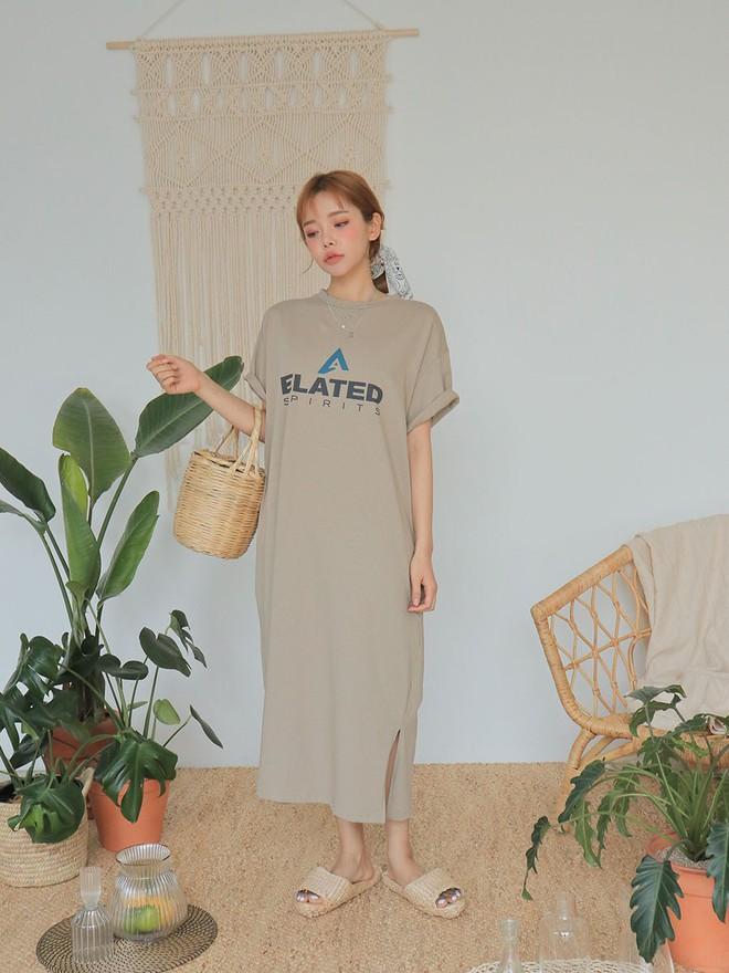 """Váy T-shirt: là váy nhưng lại chẳng """"bánh bèo"""", mặc vừa xinh vừa hợp mọi dáng người - Ảnh 3."""