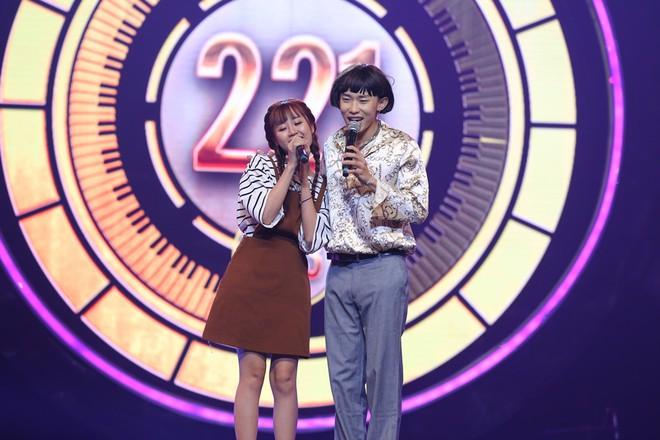 Nhạc hội song ca: Mang hit Cô gái mét 52 lên sân khấu, Kay Trần chiến thắng Mr.T với số điểm sát nút - Ảnh 3.