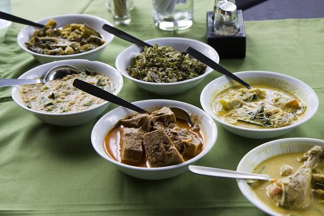 Những món ăn hấp dẫn nhất định phải thử khi đến với đảo quốc xinh đẹp Sri Lanka - Ảnh 4.