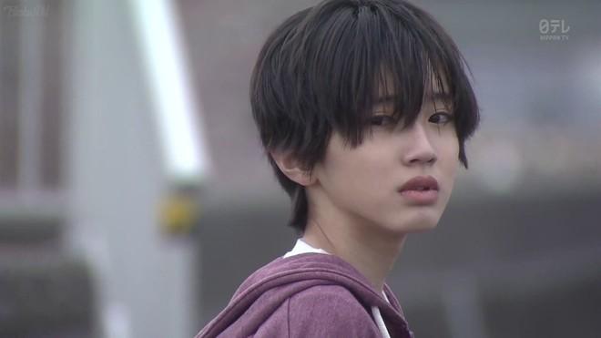 """Hot boy Nhật sinh năm 2002 được ví là """"soái ca nghìn năm có một"""" - Ảnh 1."""