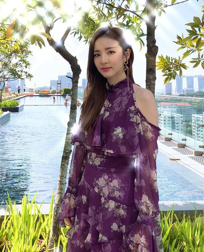 """Được cả loạt sao cùng diện, đây chính là những mẫu trang phục """"quốc dân"""" đang hot nhất ở Hàn Quốc thời gian này - Ảnh 5."""
