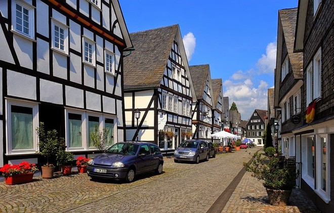 """Freudenberg - Thị trấn độc nhất nước Đức với hàng chục nhà trông như 1, tìm nhà gian nan chẳng khác gì """"mò kim đáy bể"""" - Ảnh 6."""