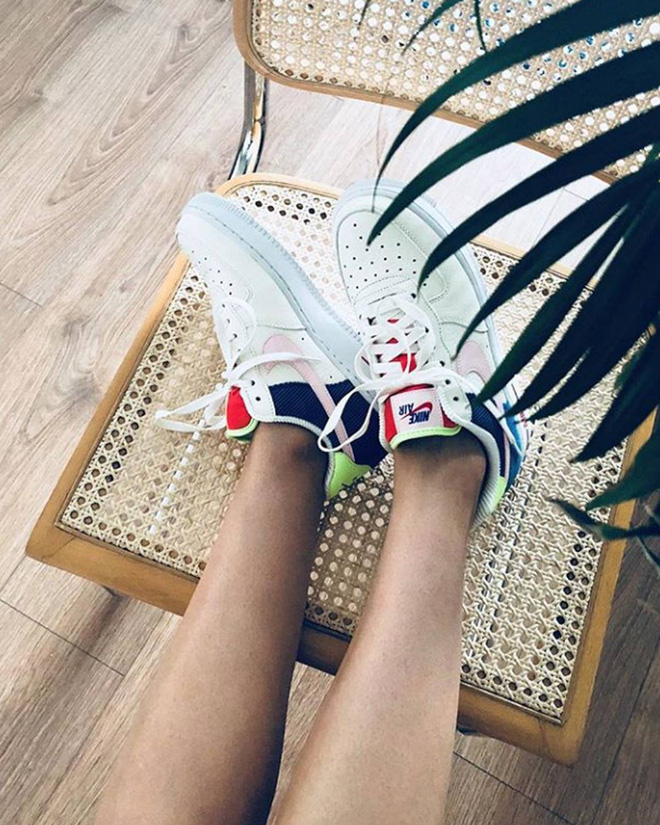 Đây là 5 đôi sneaker được các fashion editor mua đi mua lại vì diện với đồ gì cũng đẹp - Ảnh 1.