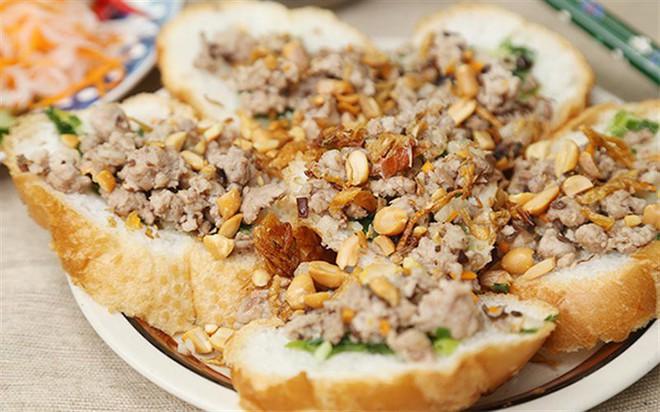 Quá nhiều kiểu bánh mì độc đáo tại Sài Gòn, nhất là kiểu số 2 - Ảnh 4.