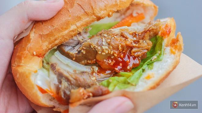 Quá nhiều kiểu bánh mì độc đáo tại Sài Gòn, nhất là kiểu số 2 - Ảnh 11.