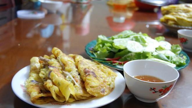 Top 10 món ăn vặt ngon xuất sắc trên đường 3/2 (Bánh xèo Quảng Ngãi)