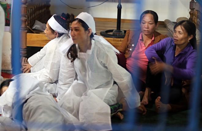 Vụ chú rể và 12 người thân trong đoàn rước dâu tử vong vì tai nạn: Những đứa trẻ bỗng chốc... mồ côi - Ảnh 5.