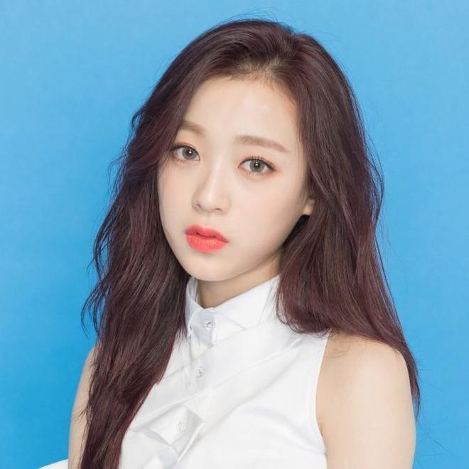 Produce 48 sẽ không phát sóng trực tiếp đêm Chung kết vì có thí sinh dưới 15 tuổi? - Ảnh 4.