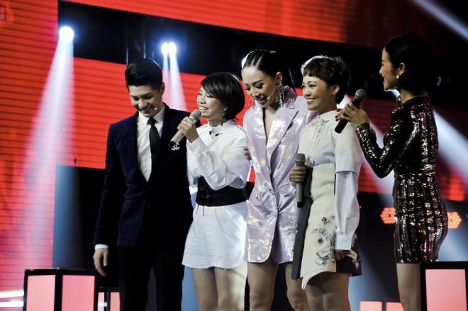 Giọng hát Việt: Nhóm đấu 3 của team Noo Phước Thịnh gây ấn tượng mạnh với màn biểu diễn quá xuất sắc - Ảnh 9.
