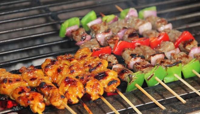 """Chiều Sài Gòn cứ mưa, nhâm nhi mấy món nướng ăn vặt này là """"chuẩn bài"""" luôn rồi - Ảnh 10."""