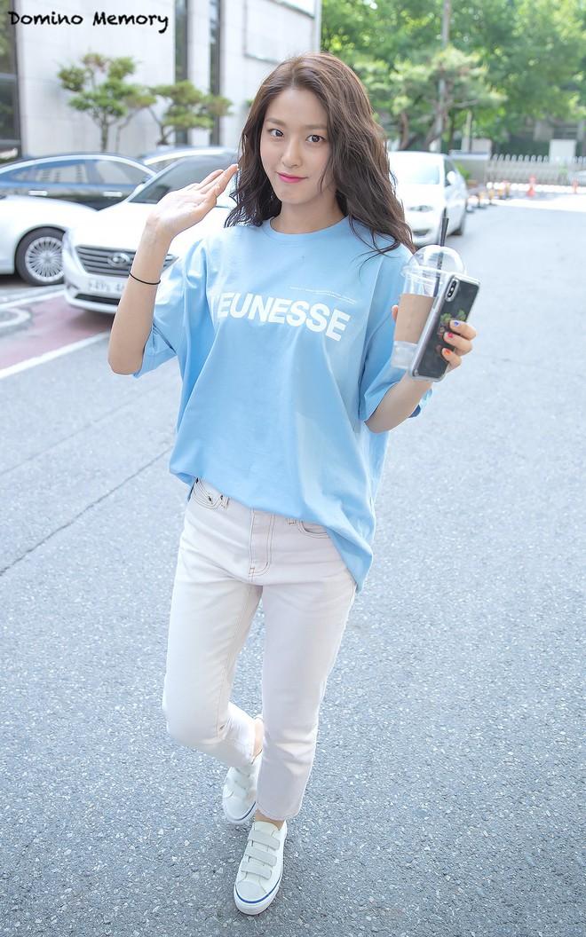 Muốn mặc đẹp như sao Hàn mà không tốn kém, bạn hãy tập trung đầu tư vào 5 món đồ này - Ảnh 3.