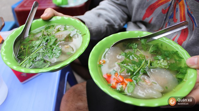 Vốn nức tiếng ở các địa phương nhưng khi ra đến Hà Nội, độ HOT của các món ăn này mới càng tăng lên chóng mặt 15