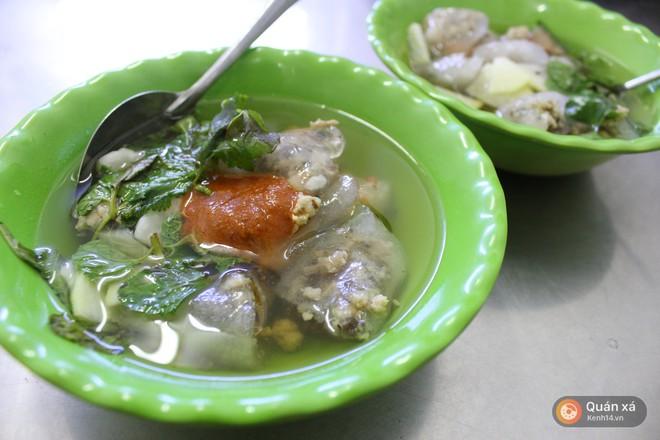 Vốn nức tiếng ở các địa phương nhưng khi ra đến Hà Nội, độ HOT của các món ăn này mới càng tăng lên chóng mặt 14