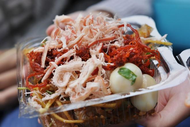 Vốn nức tiếng ở các địa phương nhưng khi ra đến Hà Nội, độ HOT của các món ăn này mới càng tăng lên chóng mặt 12