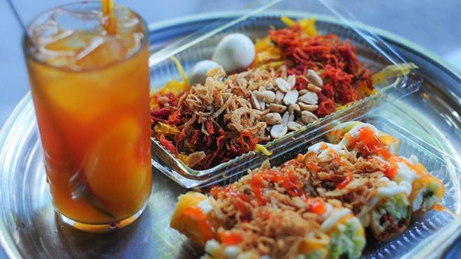 Vốn nức tiếng ở các địa phương nhưng khi ra đến Hà Nội, độ HOT của các món ăn này mới càng tăng lên chóng mặt 11