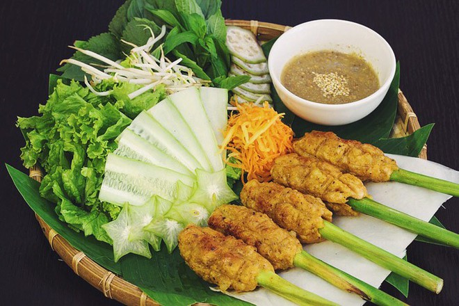 """Chỉ mặt điểm tên những món ăn đặc trưng xứ Huế vẫn đang """"làm mưa làm gió"""" tại Hà Nội - Ảnh 6."""