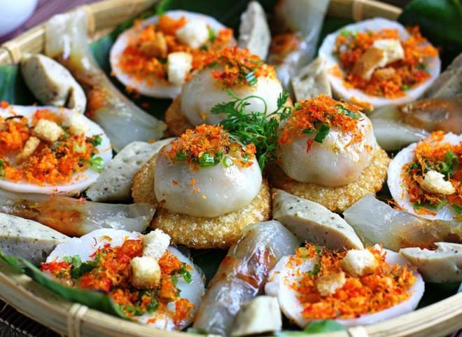 """Chỉ mặt điểm tên những món ăn đặc trưng xứ Huế vẫn đang """"làm mưa làm gió"""" tại Hà Nội - Ảnh 7."""