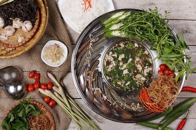 Không kém Hải Phòng hay Huế, miền Tây sông nước cũng có thật nhiều những món ăn được người Hà Nội ưa chuộng 8