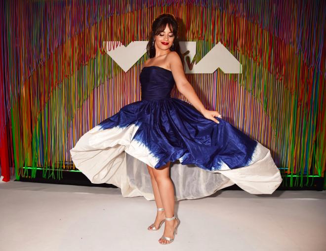 Vượt loạt tên tuổi khủng, Camila Cabello đại thắng 2 trên 3 giải lớn nhất của VMAs 2018 - Ảnh 1.