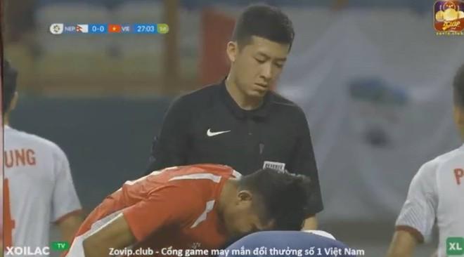 Info trọng tài người Trung Quốc đẹp trai nhất trận Việt Nam - Bahrain tối qua - Ảnh 6.