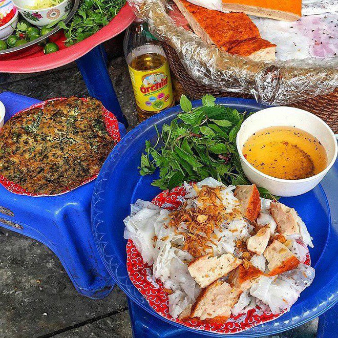 Chỉ là bánh cuốn thôi mà ở Hà Nội cũng đã có muôn vàn kiểu ăn khác nhau - Ảnh 7.