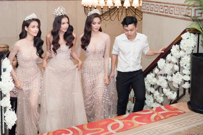 Top 3 Miss Supranational Vietnam cùng đội vương miện, lần đầu xuất hiện nổi bật giữa sự kiện - Ảnh 3.