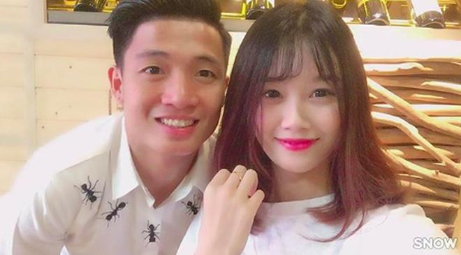 Bạn gái xinh xắn của Văn Toàn hoá ra từng là fangirl kiên trì bay hàng nghìn km để cổ vũ anh chàng đá bóng - Ảnh 5.