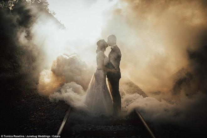 Những bức ảnh cưới ấn tượng nhất 2018, tác phẩm chụp tại Việt Nam cũng được vinh danh - Ảnh 18.