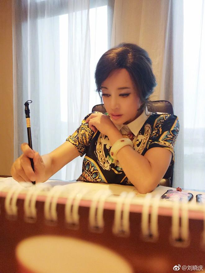 """Lưu Hiểu Khánh: Nàng """"Võ Tắc Thiên"""" ngồi tù vì trốn thuế và cuộc """"lội ngược dòng"""" thành công nhất lịch sử - Ảnh 9."""