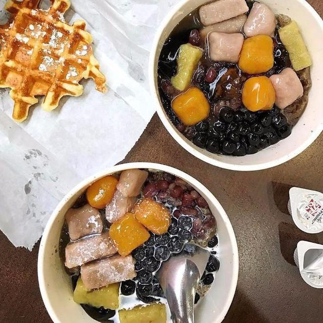 Ngoài trà sữa thì ở Hà Nội, trân châu đen còn góp mặt trong loạt món ăn hay ho này - Ảnh 4.