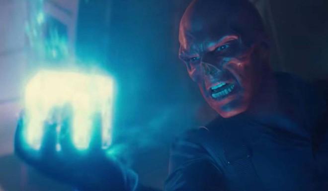 Red Skull bị chính sức mạnh của Đá vô cực giam giữ