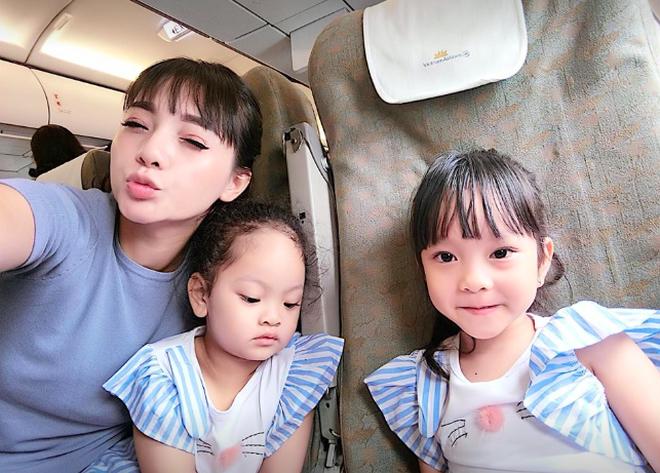 Hội mẹ bỉm sữa hot nhất Hà thành: Ai cũng xinh đẹp và quyến rũ trông mòn con mắt dù đã một nách 2 con - Ảnh 17.