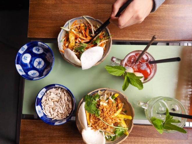 Giữa trời Berlin, có những quán Việt đang làm vang danh nền ẩm thực nước nhà - Ảnh 7.