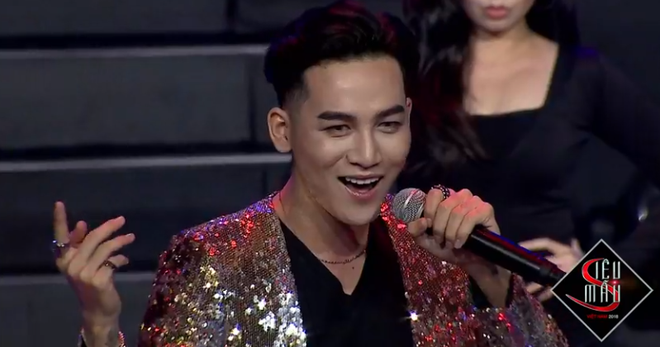 Chung kết Siêu mẫu Việt Nam hay Chung kết Siêu Hoa hậu Việt Nam? 16