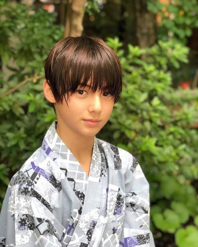 Cậu bé sinh năm 2007 mang hai dòng máu Đức - Nhật được mệnh danh là hoàng tử lai - Ảnh 1.